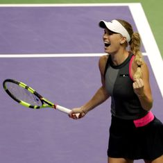 Singapore Indoors: Spirited Wozniacki beats Pliskova, Venus becomes oldest WTA finalist