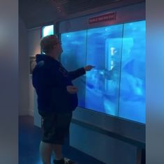 Watch: This curious museum visitor had a jaw-dropping surprise in store for him