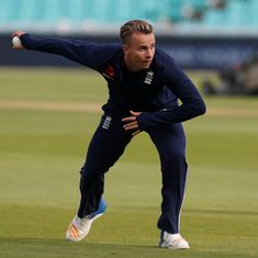 Fast bowler Tom Curran to replace injured Steven Finn for Ashes tour