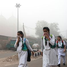 As smog suffocates Delhi, education minister orders all schools to remain closed till Sunday