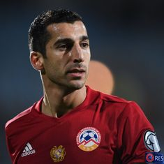 United are not going to sign Sanchez unless Mkhitaryan agrees to join Arsenal, says agent