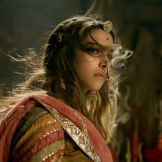 Centre wants historians to check whether 'Padmavati' strays from facts