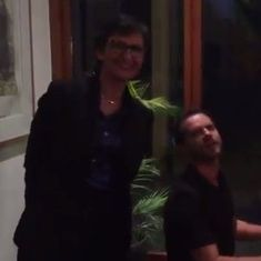 Watch the Australian High Commissioner to India, Harinder Sindhu, crooning a Bollywood classic