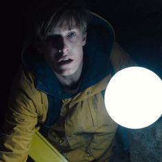 Netflix's 'Dark' has its bright spots but does not offer anything new