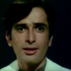 Picture the song: Shashi Kapoor loses and finds himself in 'Tum Bin' from 'Pyar Ka Mausam'