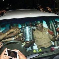 दिनाकरण के विधानसभा पहुंचने के बाद अब तमिलनाडु में मुखिया बदलेगा या विधानसभा चुनाव होगा?
