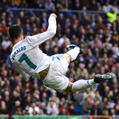 Ronaldo scores brace as Real Madrid rout Sevilla 5-0, Valenica remain second