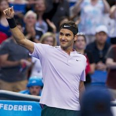 Federer cruises towards Australian Open with another Hopman Cup win