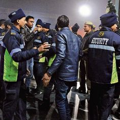 Gurugram: Youth clash with police personnel checking ID cards on New Year's Eve
