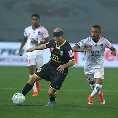 Iain Hume hat-trick powers Kerala Blasters to 3-1 win over Delhi Dynamos