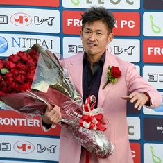 This never gets old: 51-year-old ex-Japan striker Kazuyoshi Miura renews contract with Yokohama FC