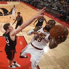NBA: Toronto Raptors beat struggling Cleveland Cavaliers by 34 points