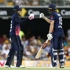 All-round England beat Australia by 4 wickets in 2nd ODI despite Aaron Finch's century