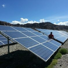 Kashmir can generate a lot more hydel electricity than it requires. Why is it eyeing solar power?
