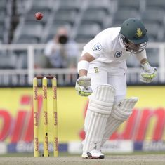 Play to start on time on day four in Jo'burg despite controversy over uneven bounce