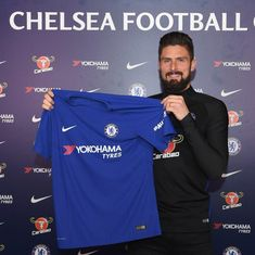 Deadline Day wrap: Giroud in, Batshuayi out at Chelsea, Arsenal sign Aubameyang, Spurs get Moura