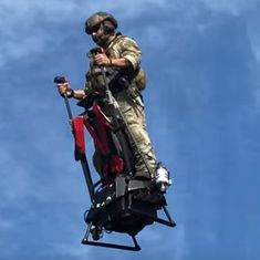 Watch: You really can fly now on your own, without being inside an aircraft