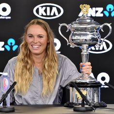 Australian Open: Caroline Wozniacki enjoying title defence, despite arthritis problems
