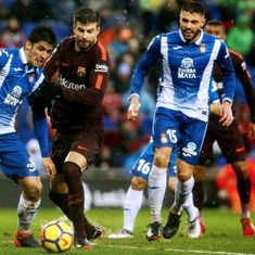 Gerard Pique strikes late to salvage draw for Barcelona, Atletico cut lead to nine points