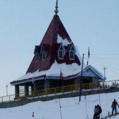 घाटी छूटने के बाद कश्मीरी पंडितों के लिए शिवरात्रि कैसे बदली है?