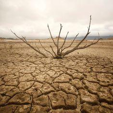ग्लोबल वॉर्मिंग : क्या राजनीति और विज्ञान की लड़ाई में धरती हार जाएगी?