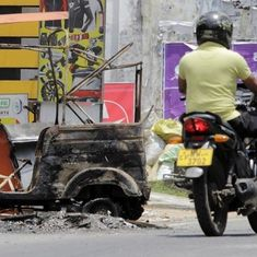 Sri Lanka: Buddhist groups target Muslim businesses, three policemen injured in clashes in Kandy
