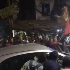 Kolkata: Students, police clash at Jadavpur University during protest against statue vandalism