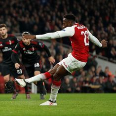 Europa League: Welbeck in diving storm as Arsenal down AC Milan to book quarter-final spot
