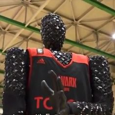 Watch: This Japanese basketball-playing robot never misses a shot. You cannot beat it. No one can
