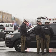 United States: Shooter killed after injuring two students at Maryland school