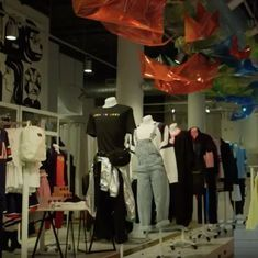 Watch: In this store all clothes (in fact, all items) are meant for both women and men