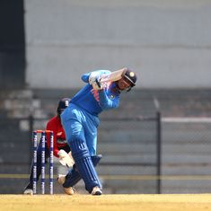 India v England, women's T20I tri-series, as it happened: Mandhana's 62* guides India home