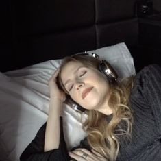 Watch: People in New York City can now take naps on the go in these 'nap pods'