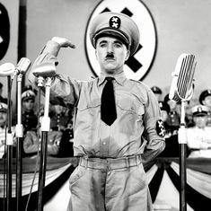 'द ग्रेट डिक्टेटर' में चार्ली चैपलिन का दिया वो मशहूर भाषण जो तानाशाही सोच की बखिया उधेड़ता है