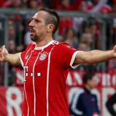 Striker Franck Ribery extends stay at Bayern Munich, signs one-year deal