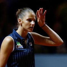 Torn calf muscle forces Karolina Pliskova to pull out of Fed Cup final against United States