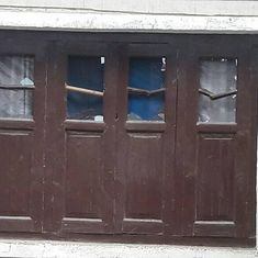 Kashmir: Police officer accuses security forces of vandalising his home