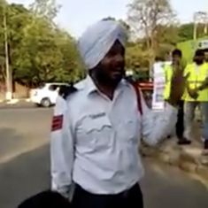 Watch: This Chandigarh police officer sings traffic rules to drivers and pedestrians