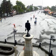 Uttarakhand: Pilgrim dead, former chief minister among hundreds stranded after heavy snowfall