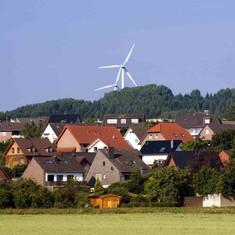 जर्मनी में बिजली इस्तेमाल करने के लिए बिल नहीं, उल्टे पैसे मिलने शुरू हो गए हैं