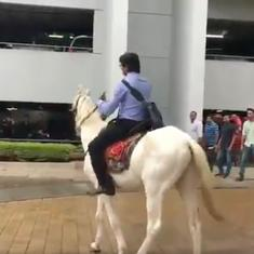 Watch: A Bengaluru techie decided to protest against the insane traffic by riding a horse to work
