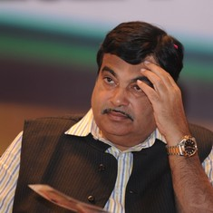 Nitin Gadkari-led delegation meets President, blames LDF for violence in Kerala