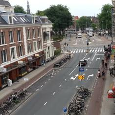 Watch: Is this rush hour? In cycle-friendly Amsterdam, it's hard to tell