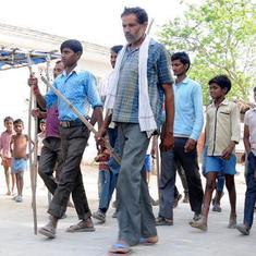 गुजरात में उत्तर प्रदेश और बिहार के लोगों पर हमले, 150 गिरफ्तार