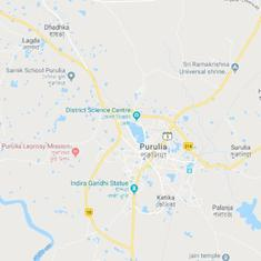 West Bengal: Bajrang Dal workers clash with police in Purulia district after member's arrest