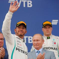 Aided by team orders, Hamilton wins in Russian Grand Prix to extend lead over Vettel