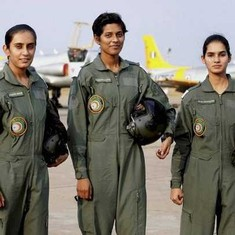 Indian Air Force inducts first batch of women fighter pilots
