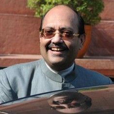 Amar Singh returns to Samajwadi Party, offered a Rajya Sabha seat