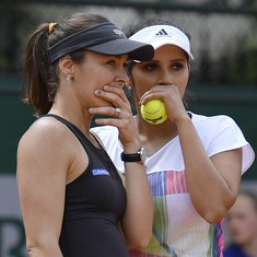 Sania Mirza and Martina Hingis lose in semis of WTA Finals
