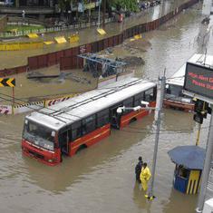 देश में बाढ़ और बारिश के चलते अब तक 537 लोगों की मौत